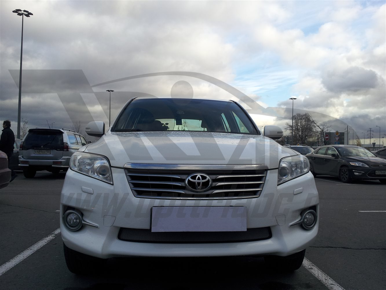 'Защита радиатора Toyota RAV4 2010-2013 (Chrome)'